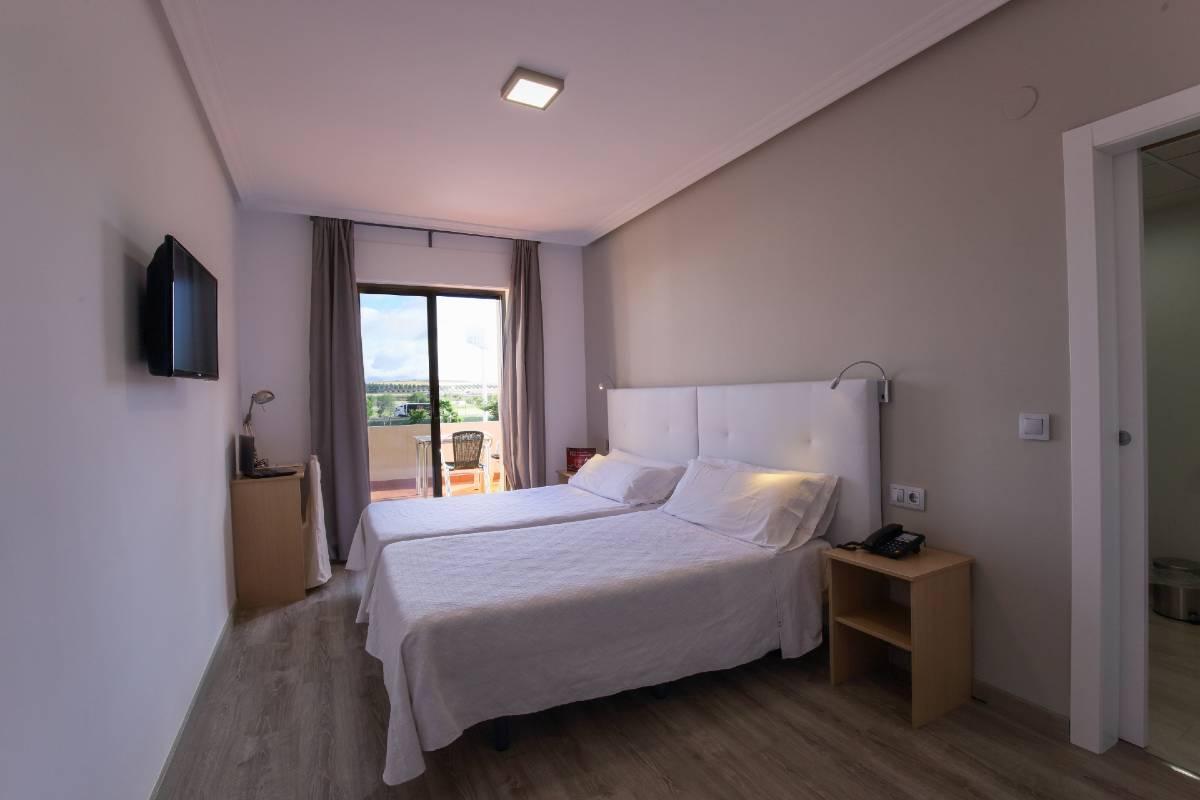 hospedium-hotel-castilla-habitacion-superior-terraza