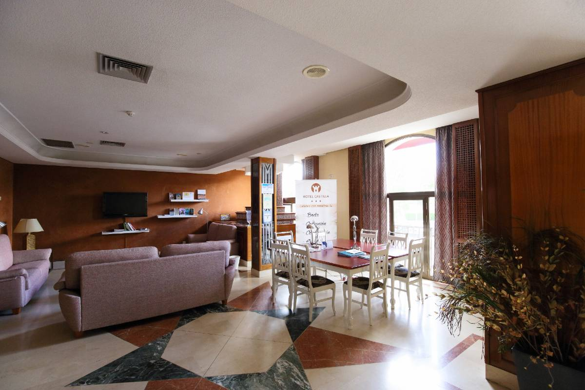 hospedium-hotel-castilla-zona-lounge